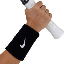 Munhequeira Longa Nike Swoosh Wristband Preta